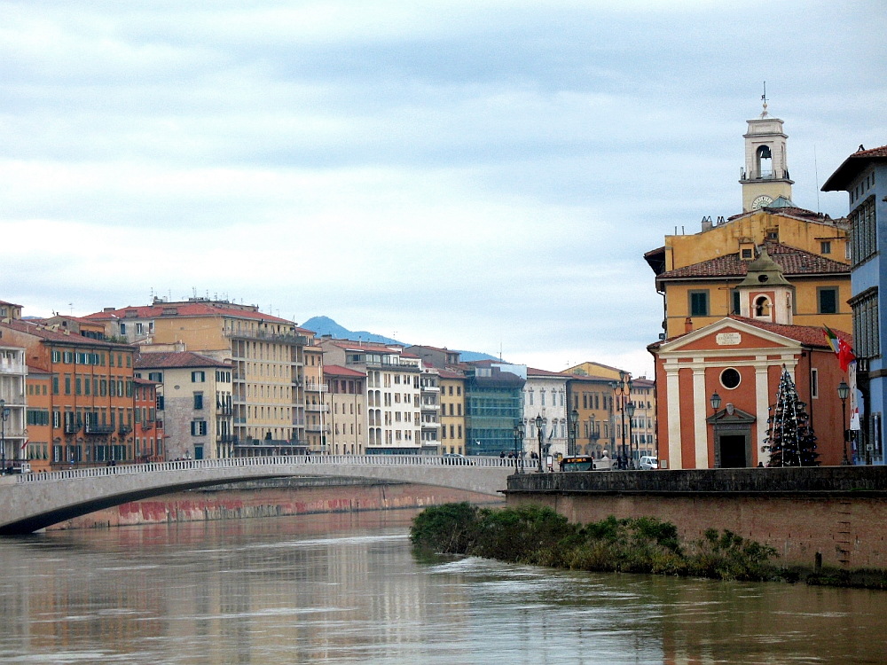 View of the Arno River in Pisa