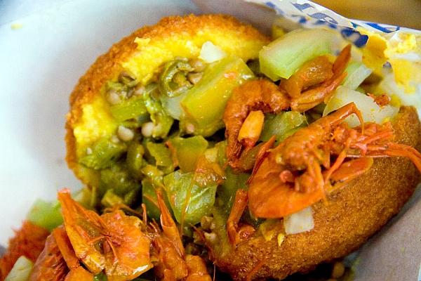 Acaraje a Salvadoran street food